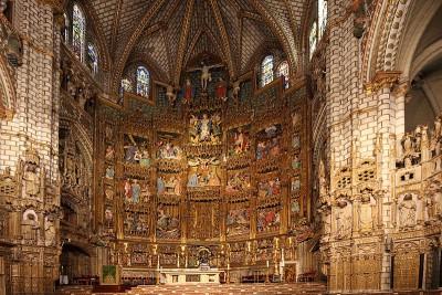 Toledo, 2014, Kathedrale, Hier mal der Hauptaltar. Das Bild kann wohl die schiere Grösse nicht gut wiedergeben. Er ist sehr groß.