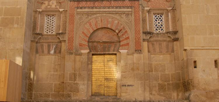 Spaniens Kirchenwahnsinn (oder: Flasche leer, Kulturbeutel voll!)